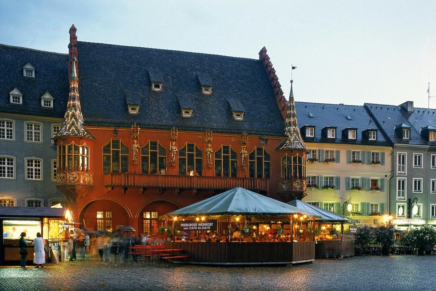 Offre 16006 fr tourisme en alsace voyage en alsace sur for Freiburg piscine