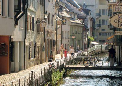 Fribourg - Canaux et vélos