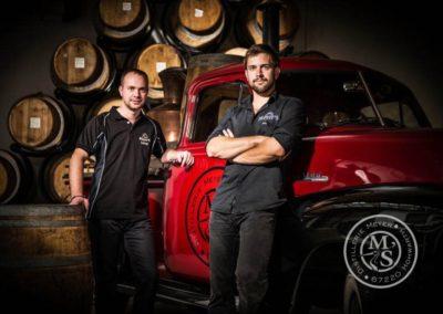 Les frères Meyer - Distillateurs